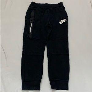 Boys Nike sweats XL